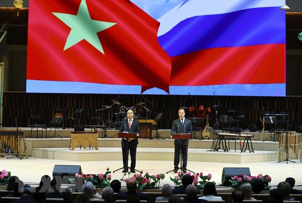 Vietnam-Russia friendship year launched hinh anh 1