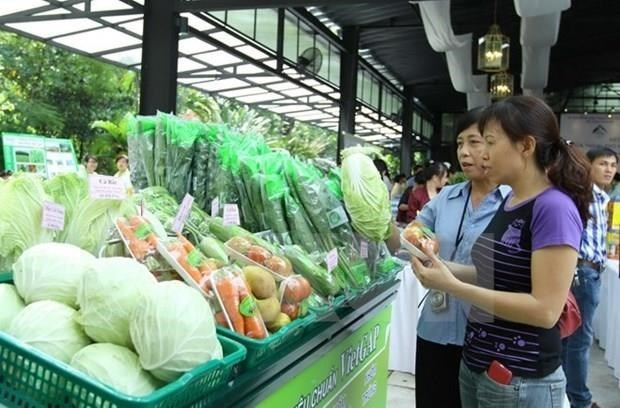 Hanoi, Son La team up in supplying agricultural products hinh anh 1