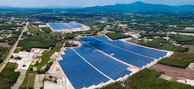Solar power projects mushroom in Vietnam hinh anh 1