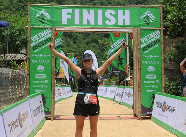 Almost 1,000 runners join Vietnam Jungle Marathon 2019 hinh anh 1