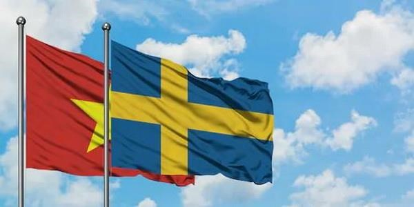 PM's visit expected to foster multifaceted partnership with Sweden hinh anh 1