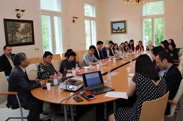 Conference discusses teaching Vietnamese in Germany hinh anh 1