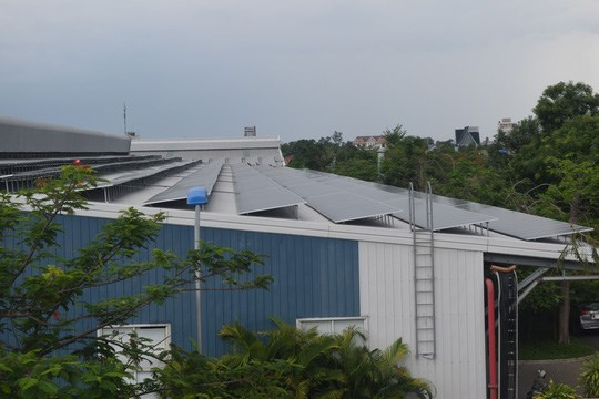 Businesses save money by renting solar power systems hinh anh 1