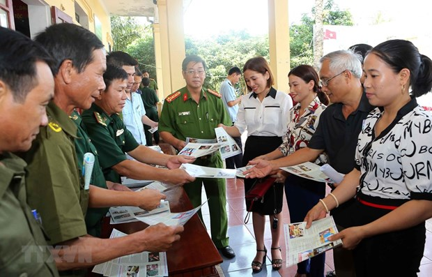 Extra efforts needed to curb flow of drugs into Vietnam hinh anh 1