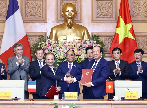 Vietnam, France cooperate in e-government building hinh anh 1