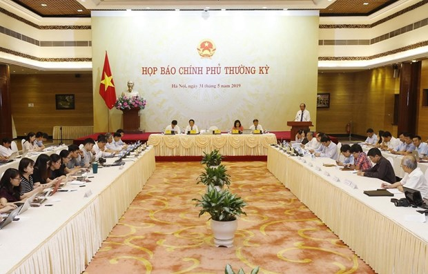 Government's press conference talks issues of concern hinh anh 1
