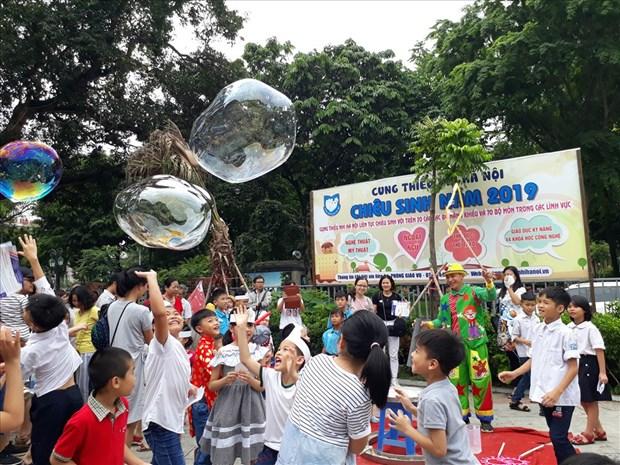 Israeli Embassy hosts children's festival in Hanoi hinh anh 1