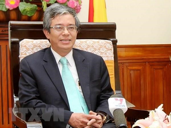 Vietnam to make active contributions to world's peace, security: former diplomat hinh anh 1