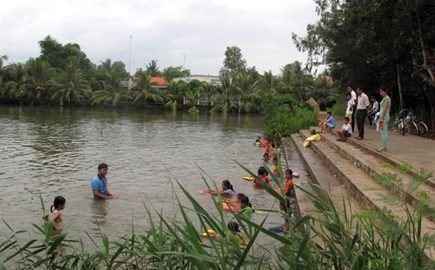 Mekong Delta takes action to prevent drowning incidents hinh anh 1
