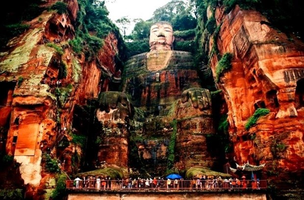 Sichuan, Vietnam to promote tourism hinh anh 1