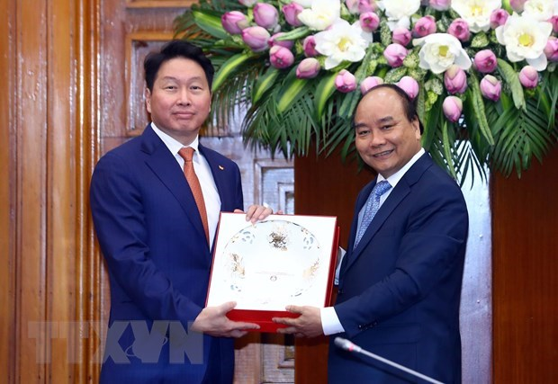 Vietnam welcomes SK Group's investment: PM hinh anh 1