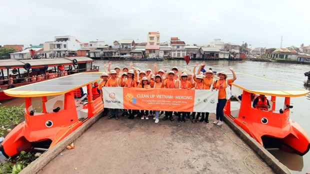 RoK firm-funded campaign helps clean Mekong River hinh anh 1