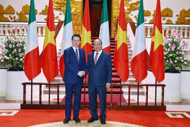 Italian Prime Minister concludes Vietnam visit hinh anh 1