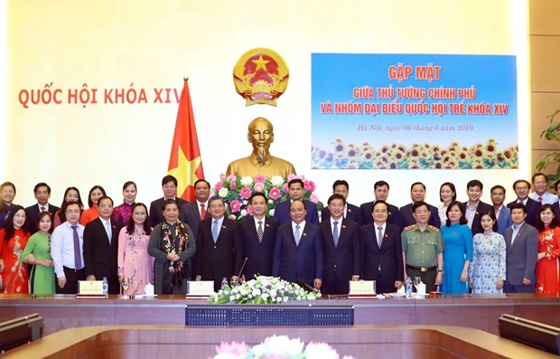 Prime Minister hails role of young lawmakers hinh anh 1
