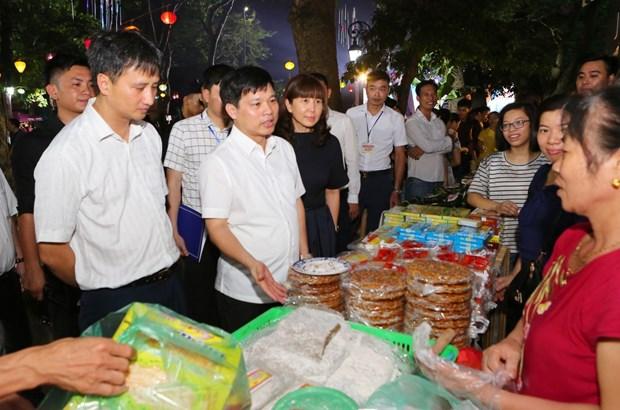 Hanoi Cuisine Culture Festival features Vietnam's famous specialties hinh anh 1