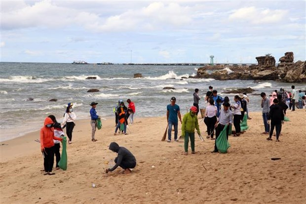 Phu Quoc launches campaign against plastic waste hinh anh 1