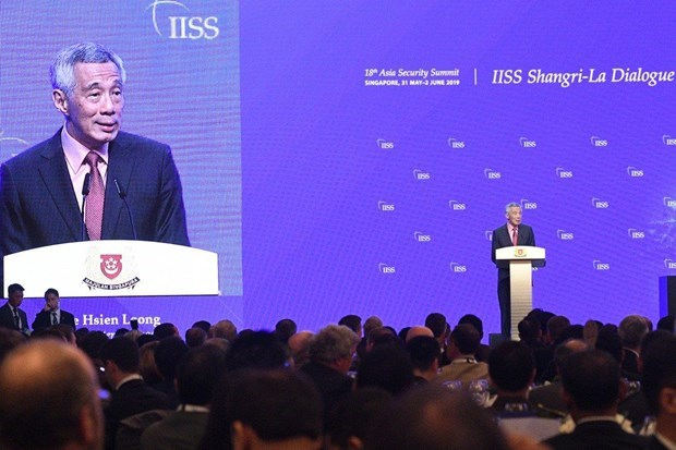 Singapore affirms commitment to building on ties with Vietnam, Cambodia hinh anh 1