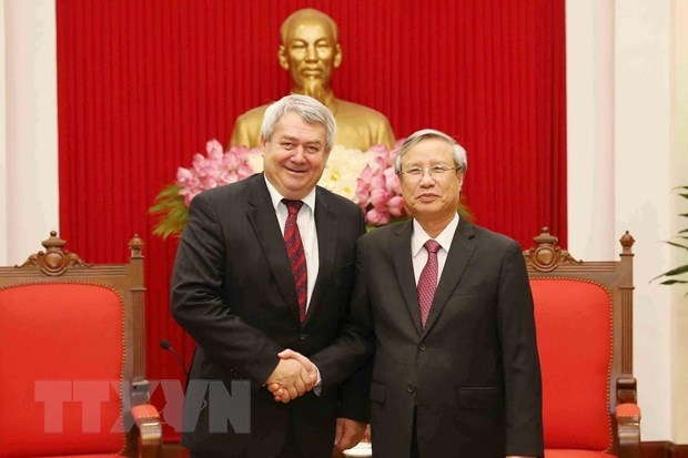 Czech legislature, party support stronger ties with Vietnam hinh anh 1
