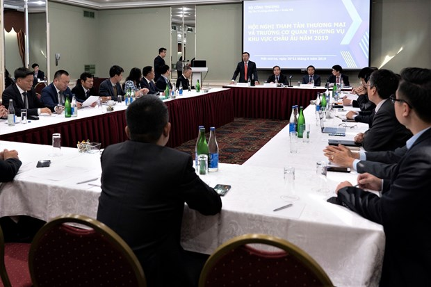 Europe-based Vietnamese commercial counselors meet in Moscow hinh anh 1