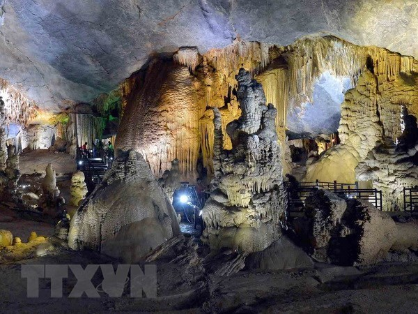 Quang Binh cave festival offers myriad activities in July hinh anh 1