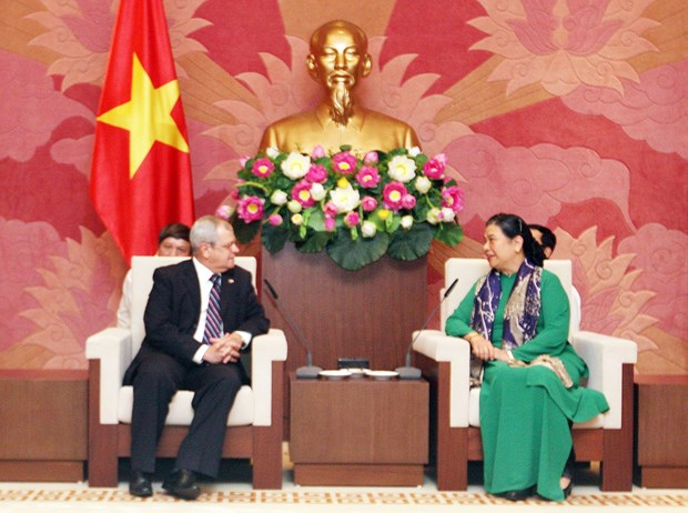 NA Vice Chairwoman welcomes Cuban parliamentary delegation hinh anh 1