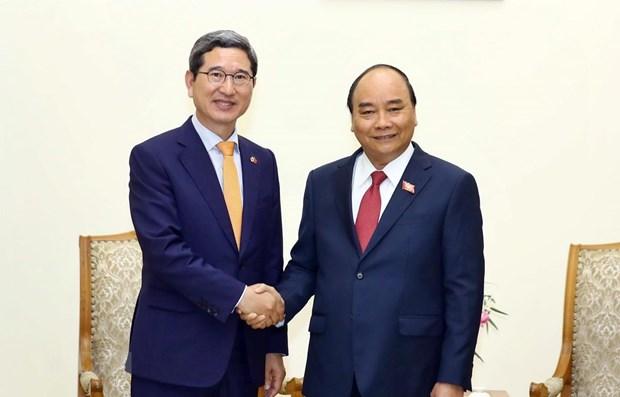 PM receives head of RoK-Vietnam Parliamentary Friendship Group hinh anh 1