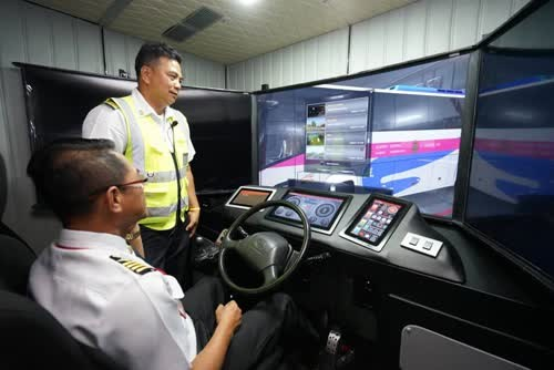 Thailand's Transport Company opens bus simulator centre hinh anh 1