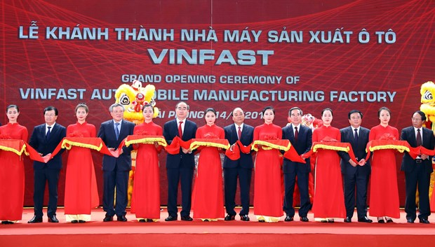 VinFast auto manufacturing factory opened in Hai Phong hinh anh 1