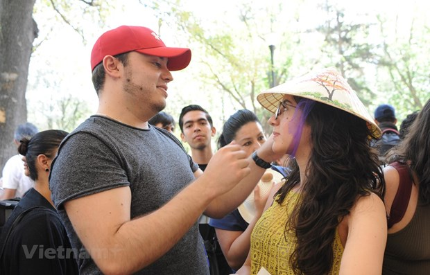 Vietnam's culture promoted at Mexican fair hinh anh 1