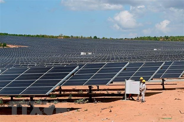 Solar power plant becomes operational in Ninh Thuan hinh anh 1