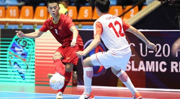 Vietnam enter quarter-finals of AFC U-20 futsal champs hinh anh 1