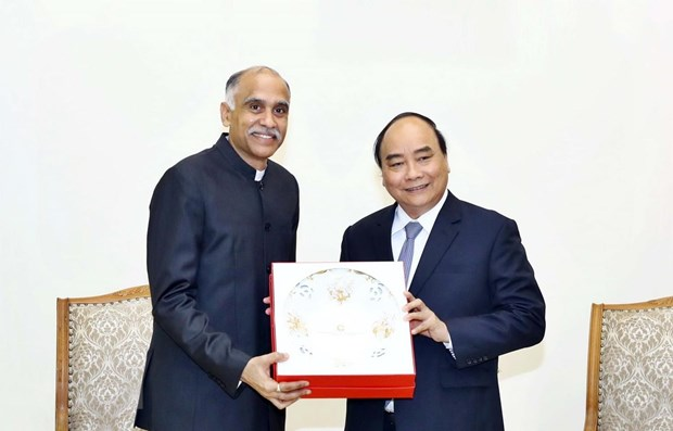 PM: Vietnam, India should further promote bilateral trade ties hinh anh 1