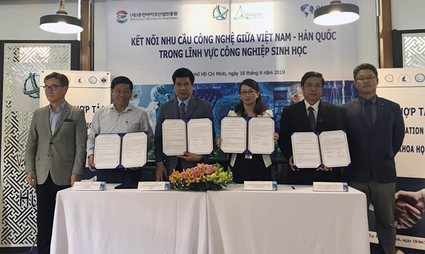 Vietnam, RoK boost cooperation in biotechnology hinh anh 1