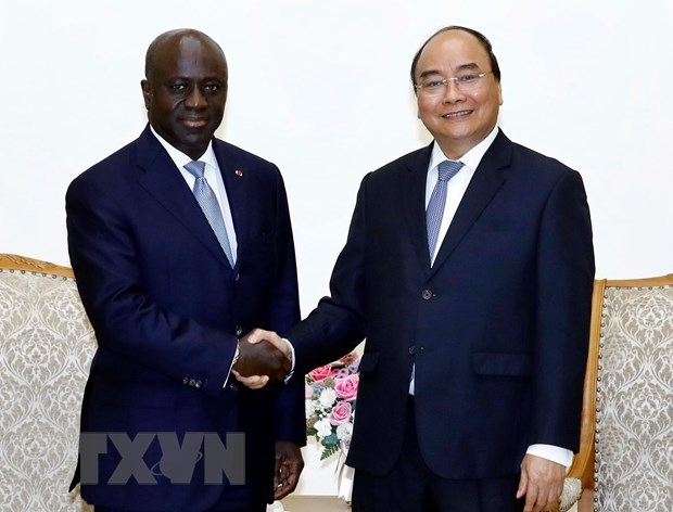 Vietnam backs commitments to enhancing ties with Ivory Coast: PM hinh anh 1