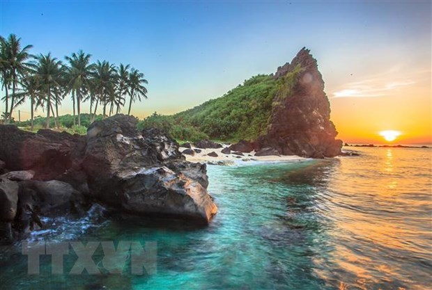 Quang Ngai seeks global status for Ly Son – Sa Huynh Geopark hinh anh 1