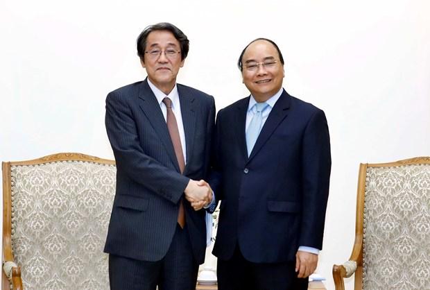 Prime Minister, Japanese Ambassador discuss Vietnam-Japan ties hinh anh 1