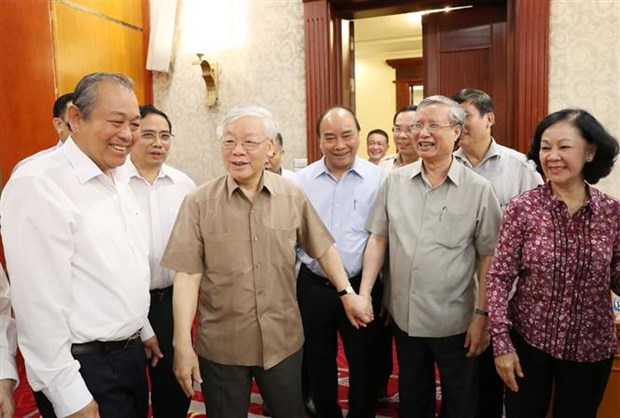 Party General Secretary-President chairs Politburo meeting hinh anh 1