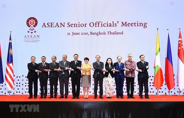 Vietnam attends ASEAN Senior Officials' Meeting in Thailand hinh anh 1