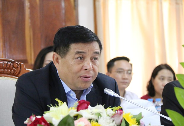 Vietnamese, Lao investment ministries enhance cooperation hinh anh 1