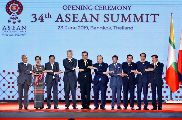 Deputy minister highlights fruitful 34th ASEAN Summit hinh anh 1