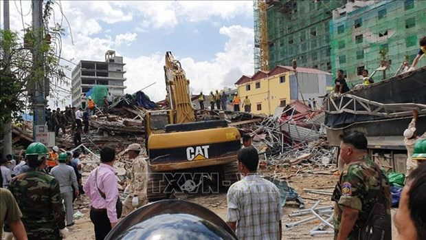 Cambodian PM appoints officials following building collapse hinh anh 1