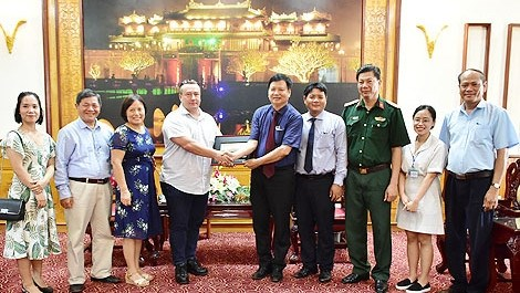 Norway helps Thua Thien-Hue in bomb, mine clearance hinh anh 1