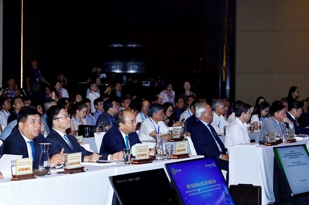 PM asks for improvement in legal system amid Industry 4.0 hinh anh 1