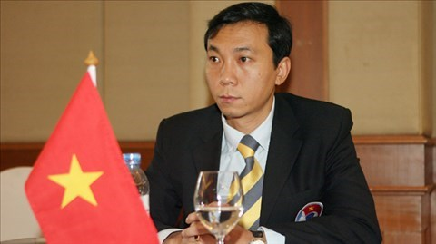 Vietnam asks for more players in men's football at SEA Games hinh anh 1