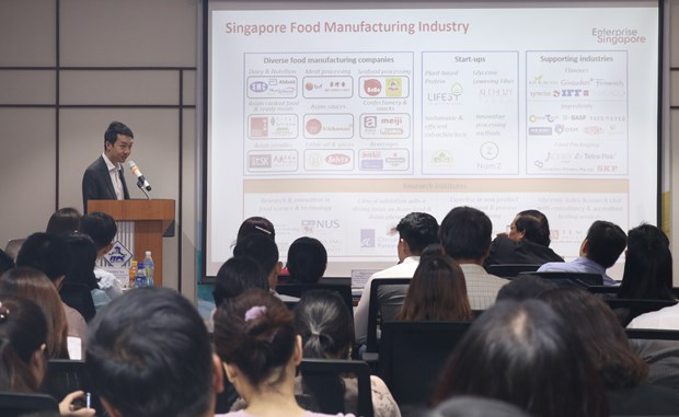 Conference looks for ways to boost exports to Singapore hinh anh 1