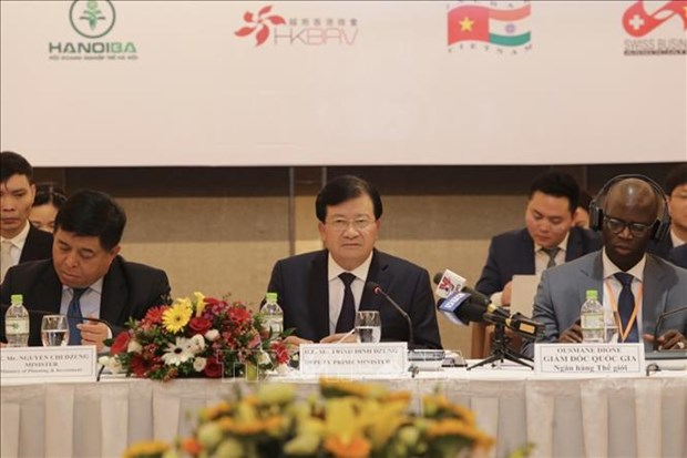 Businesses play key role in socio-economic development: Deputy PM hinh anh 1