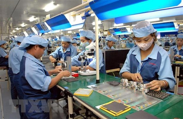 Vietnam aims for 6.8 percent GDP growth in 2020 hinh anh 1