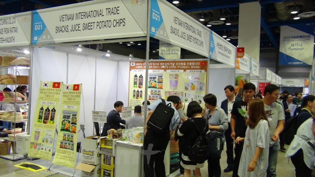 Vietnamese products introduced at RoK import fair hinh anh 1