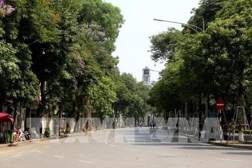 Extreme hot spell continues in northern, central regions hinh anh 1