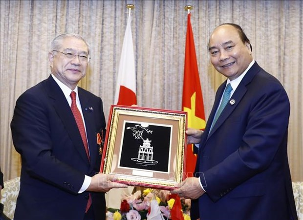 PM meets leaders of Japan-Vietnam Friendship Associations hinh anh 1